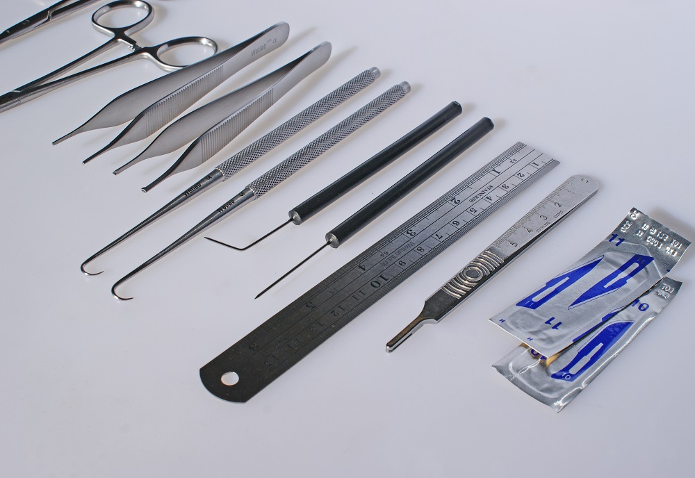 Student Dissecting / Anatomy Instrument Kit - Wetlab - Knowledge ...